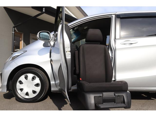 G 助手席リフトアップシート車 福祉車両 アルマス 6人乗り 純正2DINオーディオ TV CD バックカメラ 左側パワースライドドア オートライト オートエアコン 横滑り防止 3列シート 助手席リフトアップシート HID(37枚目)