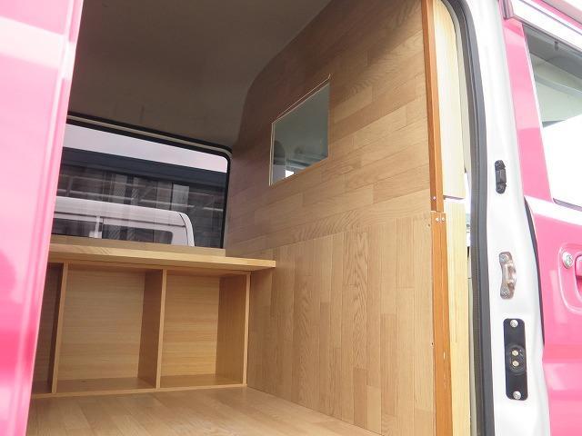 移動販売車 キッチンカー フレンチバス仕様 オールペイント ケータリングカー 8ナンバー エアロパーツ 販売用テーブル 2槽シンク 給排水タンク 3連収納ボックス 100Vコンセント 運転席背板 キーレス(13枚目)