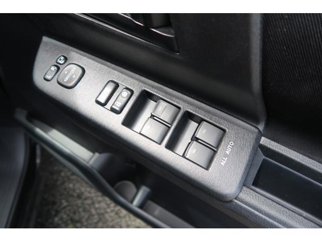 「トヨタ」「ヴォクシー」「ミニバン・ワンボックス」「大分県」の中古車26