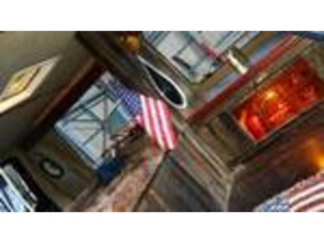 フォード フォード エコノライン デモカー バックカメラ レザーシート DVD再生 ETC