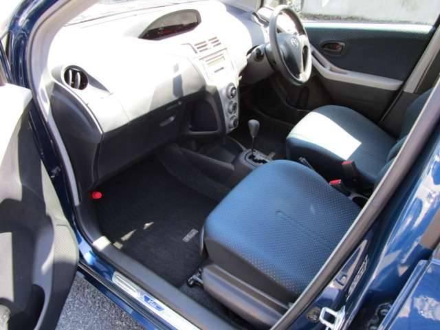 トヨタ ヴィッツ F フル装備 キーレス CD