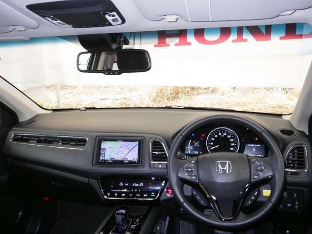 ホンダ ヴェゼル ハイブリッドX・ホンダセンシング レンタカーUPメモリーナビ