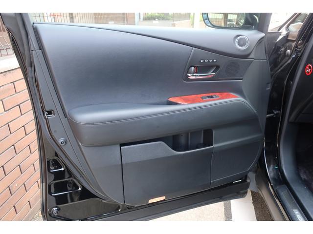 「レクサス」「RX」「SUV・クロカン」「福岡県」の中古車31