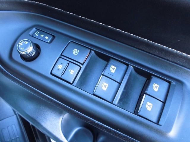 ハイブリッドGi アルパイン10インチナビ アルパインフリップダウンモニター 2列目サンシェード デュアルスイッチ付き両側パワースライドドア 前席シートヒーターバックカメラ レーダークルーズコントロール フォグランプ(13枚目)
