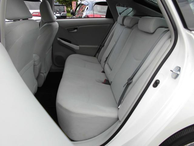 S 後期モデル バックカメラ ビルトインETC スマートキー スペアキー プッシュスタート 車輌接近通報装置 純正15インチアルミホイール オートライト カーテンエアバック(17枚目)