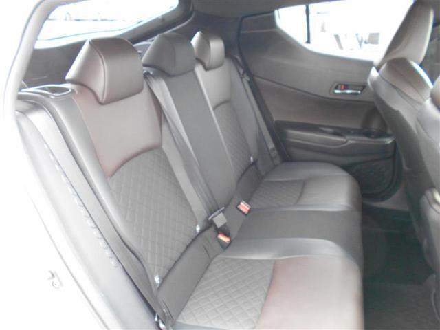 「トヨタ」「C-HR」「SUV・クロカン」「大分県」の中古車16