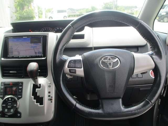 トヨタ ヴォクシー ZS HDDナビ フルセグTV 両側自動ドア バックカメラ