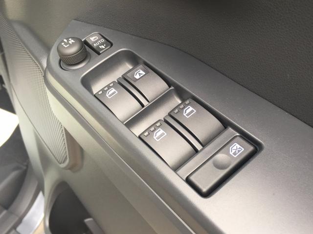 ダイハツ ウェイク L SAII 届出済未使用車 禁煙車 両側電動スライドドア