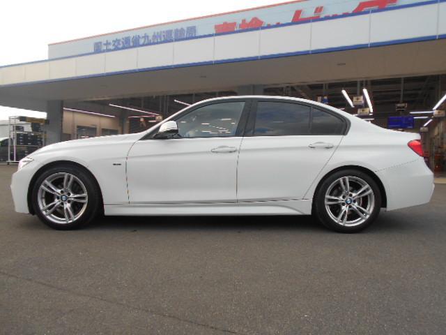 BMW BMW 320i_Mスポーツ
