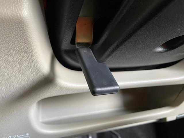 X プッシュスタート/オートエアコン 禁煙車 盗難防止装置 アイドリングストップ オートライト(16枚目)
