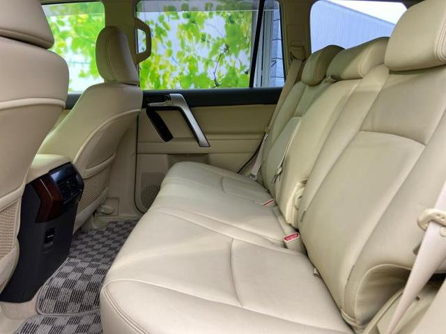 TX Lパッケージ 7インチナビ/サンルーフ/ヘッドランプ LED/ETC 革シート アダプティブクルーズコントロール バックカメラ LEDヘッドランプ 4WD HDDナビ DVD再生 Bluetooth 盗難防止装置(7枚目)