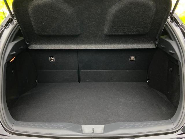 S LEDパッケージ 純正 9インチ メモリーナビ/車線逸脱防止支援システム/ヘッドランプ LED/ETC/EBD付ABS/横滑り防止装置/アイドリングストップ/TV/エアバッグ 運転席/エアバッグ 助手席 ワンオーナー(8枚目)