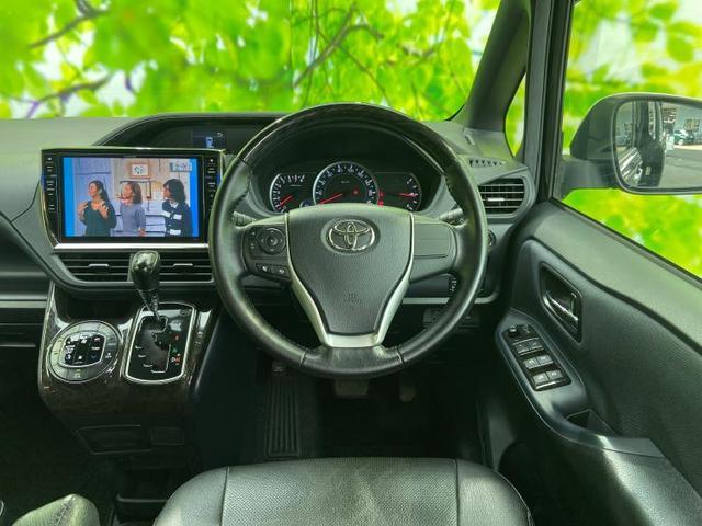 ZSキラメキ アルパイン10インチナビ・TV/フリップダウンモニター/両側電動スライドドア/ヘッドランプ LED/EBD付ABS/横滑り防止装置/アイドリングストップ/エアバッグ 運転席/エアバッグ 助手席(4枚目)
