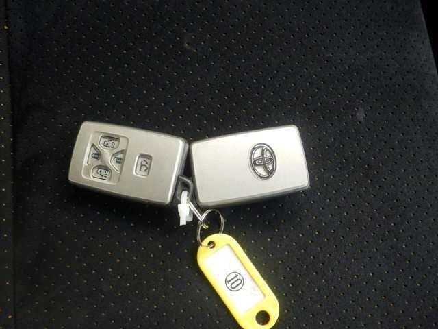 トヨタ ヴェルファイア 2.4Z プラチナセレクションII タイプゴールド