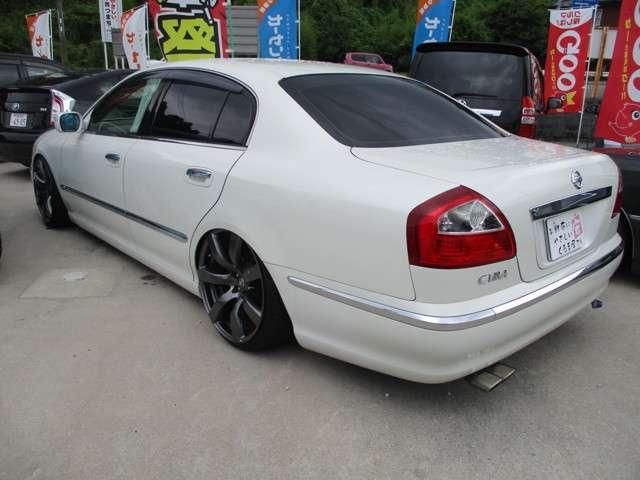 300G・車高調・35GTR純正20インチアルミ・本革シート(15枚目)