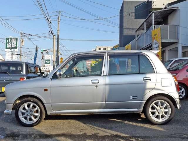 ミニライトスペシャル 4WD Wエアバッグ CD/MD(3枚目)