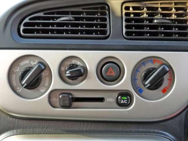 ミニライトスペシャル 4WD Wエアバッグ CD/MD(12枚目)