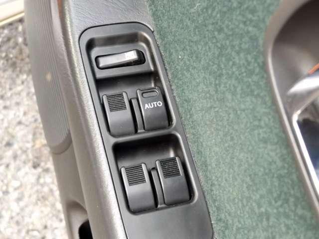 ミニライトスペシャル 4WD Wエアバッグ CD/MD(13枚目)