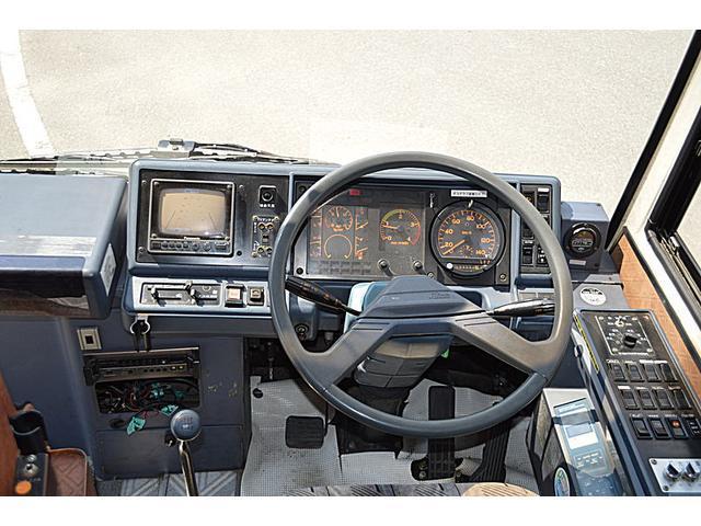 29人乗り 中型バス 冷房エンジン エアサス(13枚目)