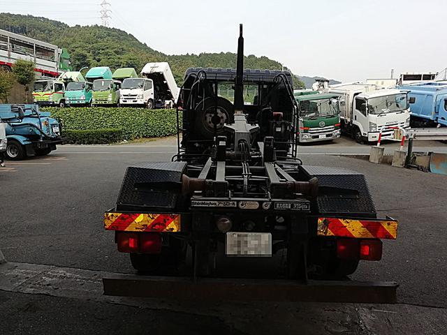 3.7t脱着装置付コンテナ車 新明和(5枚目)
