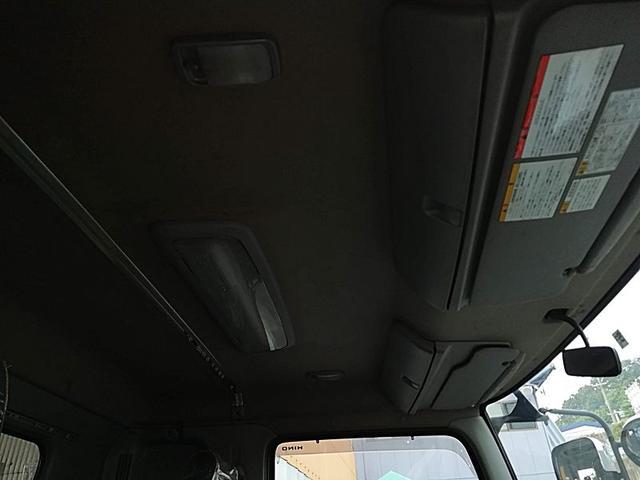 3.7t脱着装置付コンテナ車 新明和(12枚目)
