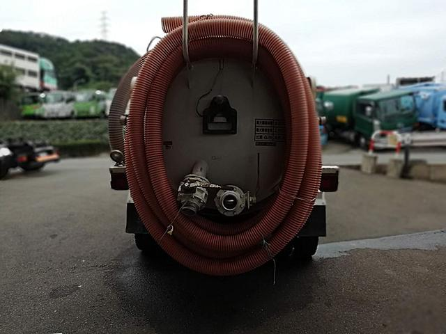 2.1t強力吸引車 トーヨープランツ 下回り防錆塗装済(5枚目)