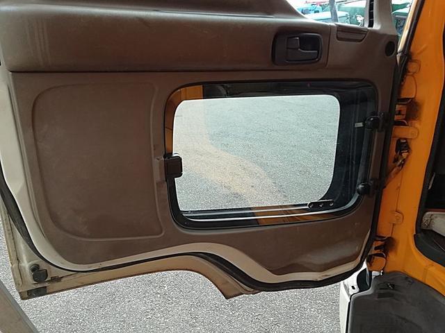 吸引車 下回り防錆塗装済 タンク容量2600KL(18枚目)