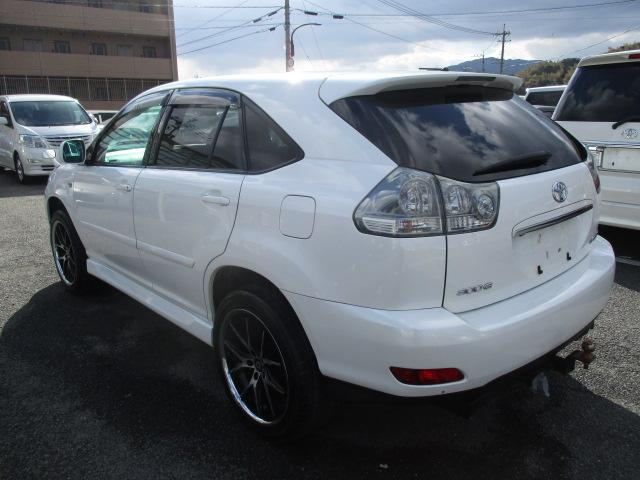 トヨタ ハリアー 300G アルカンターラバージョン タイベル交換済 4WD