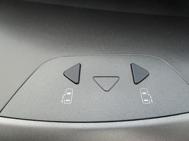 「トヨタ」「ノア」「ミニバン・ワンボックス」「福岡県」の中古車70