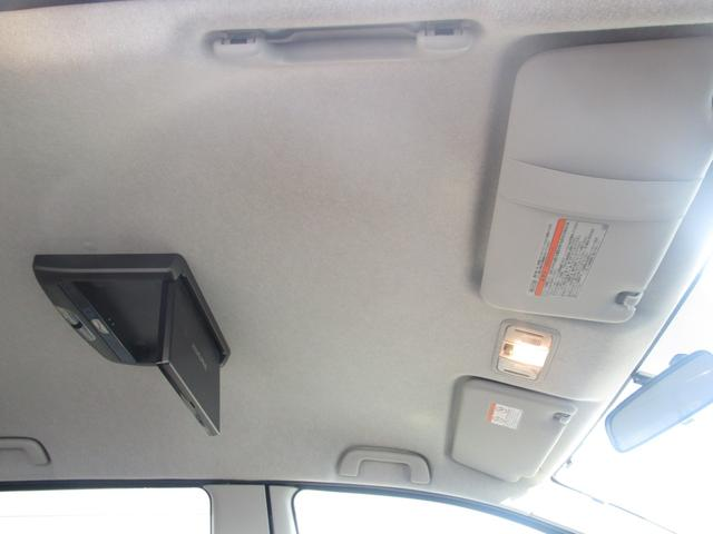 プラタナ 片側パワースライドドア フリップダウンモニター 社外メモリーナビ フルセグ DVD再生 CD Bluetooth ETC オートライト HID キーレス バックカメラ タイミングチェーン 7人乗り(59枚目)