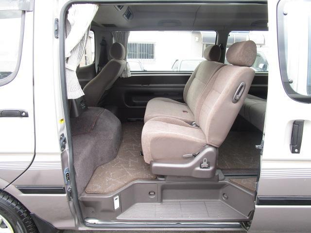 トヨタ ハイエースワゴン スーパーカスタム ディーゼルターボ ETC CD 電格ミラー