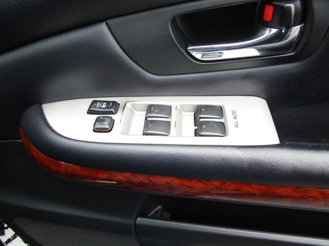 4WD HDDナビ DVD再生 黒革 Bカメラ キーレス(74枚目)
