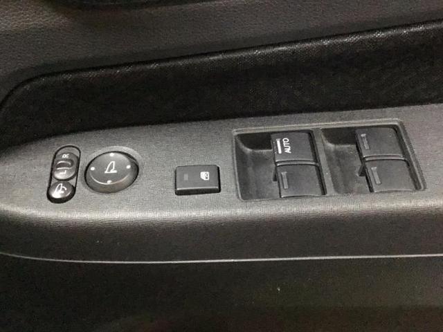 ターボSSクールパッケージ 社外7インチナビ/ETC/フルセグTV バックカメラ オートクルーズコントロール ハーフレザー DVD再生 HIDヘッドライト Bluetooth 盗難防止装置 アイドリングストップ オートライト(17枚目)