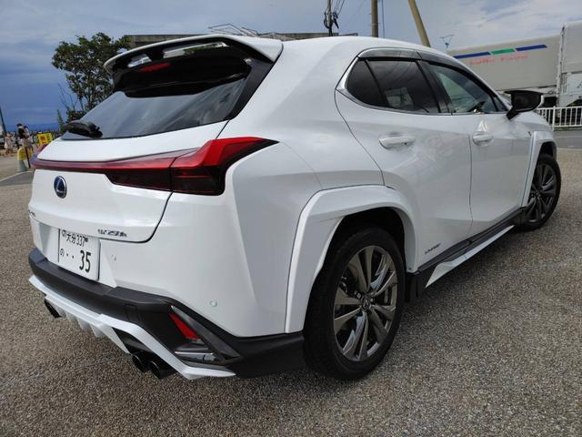 「レクサス」「UX」「SUV・クロカン」「大分県」の中古車4