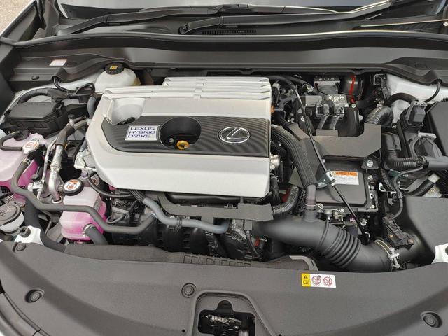 「レクサス」「UX」「SUV・クロカン」「大分県」の中古車27
