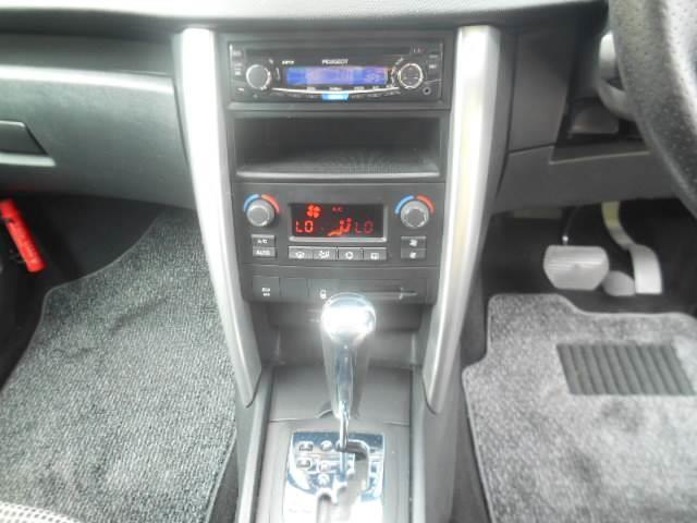 プレミアム Premium RHD スマートキー CDオーディオ エアコン パワステ ABS ETC(4枚目)