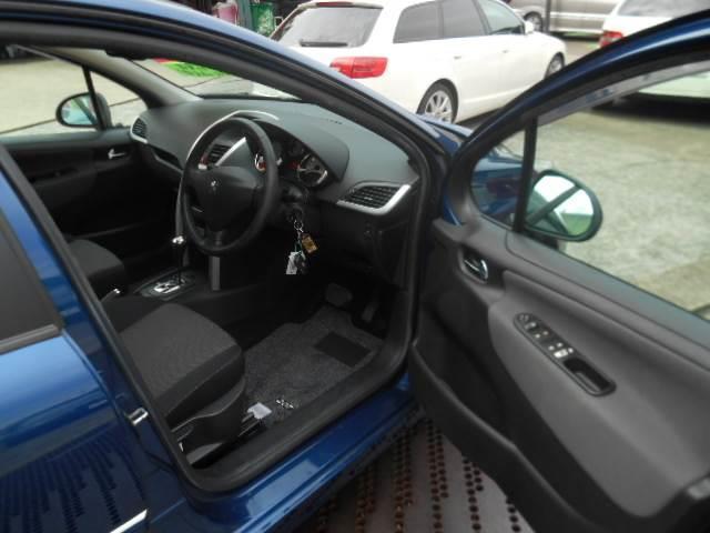プレミアム Premium RHD スマートキー CDオーディオ エアコン パワステ ABS ETC(12枚目)