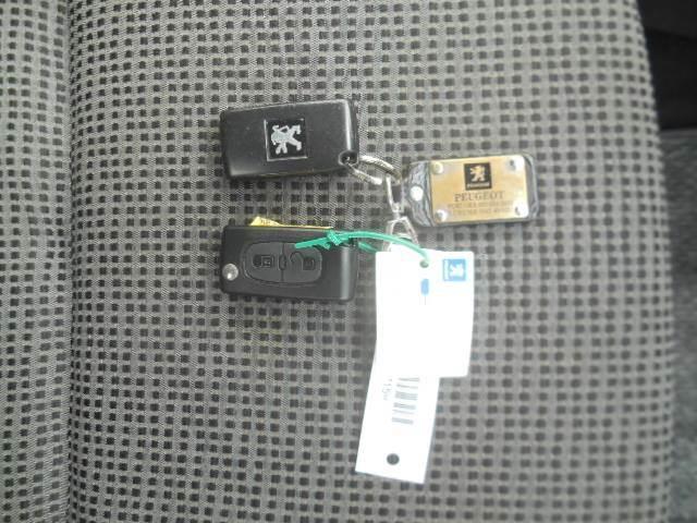 プレミアム Premium RHD スマートキー CDオーディオ エアコン パワステ ABS ETC(17枚目)