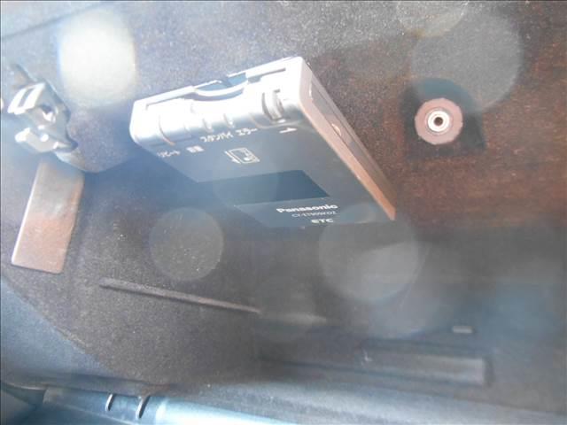 E300 AV-S サンルーフ レザーシート ETC HID(8枚目)