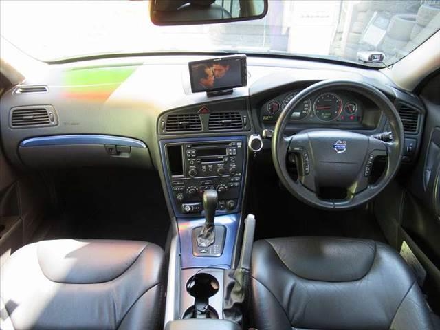 オーシャンレースリミテッド 4WD サンルーフ 本革シート(4枚目)
