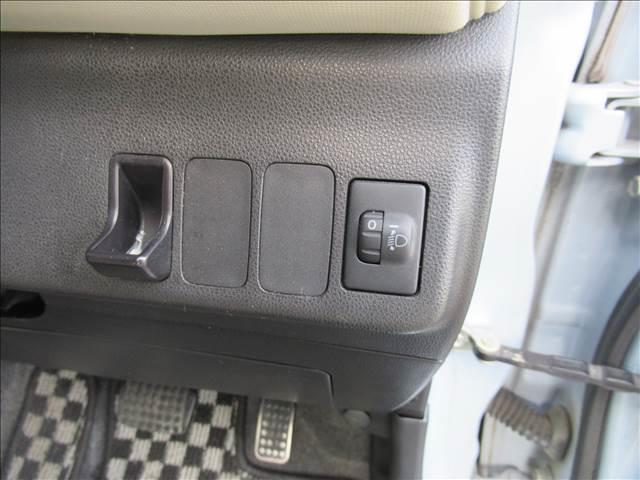 ココアプラスX HDDナビ 後席モニター バックカメラ(9枚目)