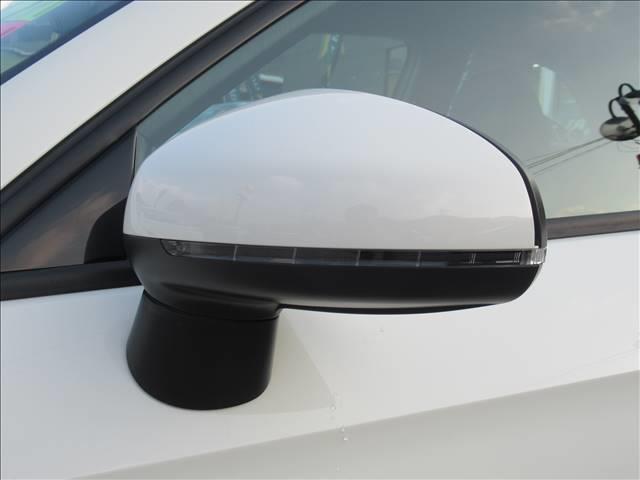 1.4TFSI スポーツパッケージ 保証付 レザーシート 純正ナビ ETC バックカメラ フルセグTV DVD再生 CD再生 Bluetooth接続 シートヒーター 純正アルミホイール ディーラー車 右ハンドル(12枚目)