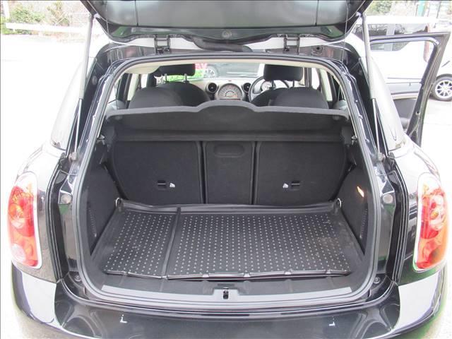 クーパー クロスオーバー 保証付 1オーナー 6速MT 純正アルミホイール 純正CDオーディオ キーレス HIDライト 電動格納ミラー 盗難防止システム ディーラー車 右ハンドル 運転席エアバッグ 助手席エアバッグ ABS(18枚目)