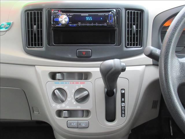 E 保証付き アイドリングストップ キーレス CDデッキ USB端子 運転手席エアバッグ 助手席エアバッグ(6枚目)