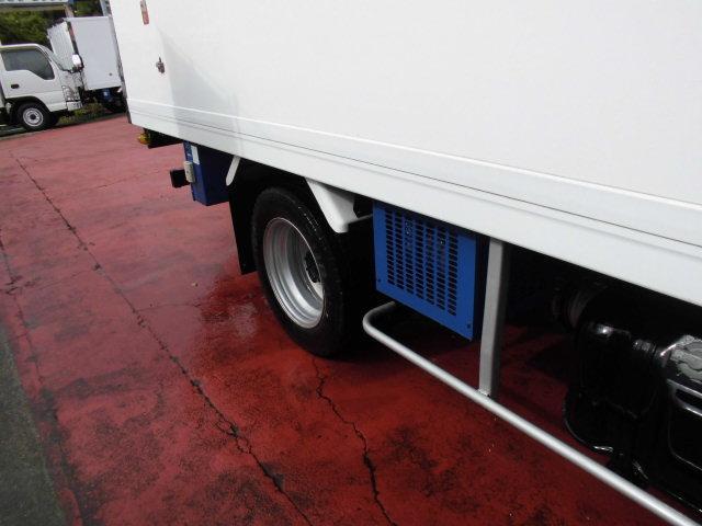 冷蔵冷凍車 2トンベース -30℃設定 スタンバイ付(5枚目)