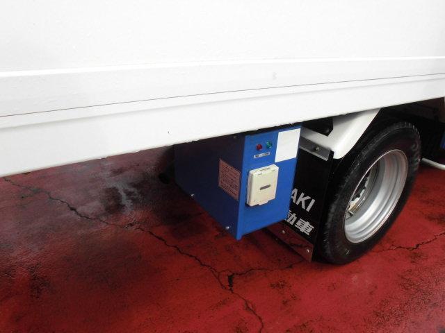 冷蔵冷凍車 2トンベース -30℃設定 スタンバイ付(6枚目)