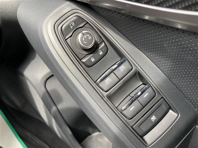 2.0i-S ワンオーナー 禁煙車 アイサイト メモリーナビフルセグTV バックモニター CD再生 DVD再生 Bluetooth接続OK 衝突被害軽減システム 純正アルミホイール オートクルーズコントロール(20枚目)