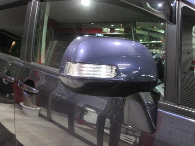 トヨタ ヴォクシー X Lエディション SDナビ フリップダウンモニター