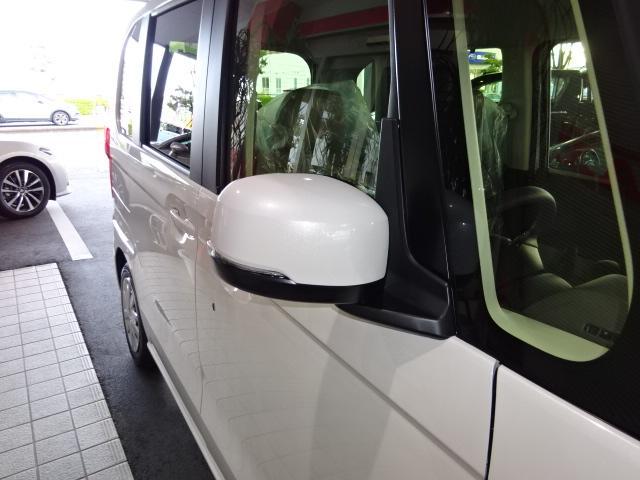 G・Lホンダセンシング 届出済未使用車 SDナビ フルセグ バックカメラ パワースライド LED ETC シートヒーター スマートキー クルーズコントロール アイドリングストップ(13枚目)
