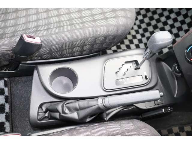100X 保証付 メモリーナビ ETC バックカメラ キーレス 電動格納ミラー 運転席エアバッグ 助手席エアバッグ サイドエアバッグ 横滑り防止(17枚目)